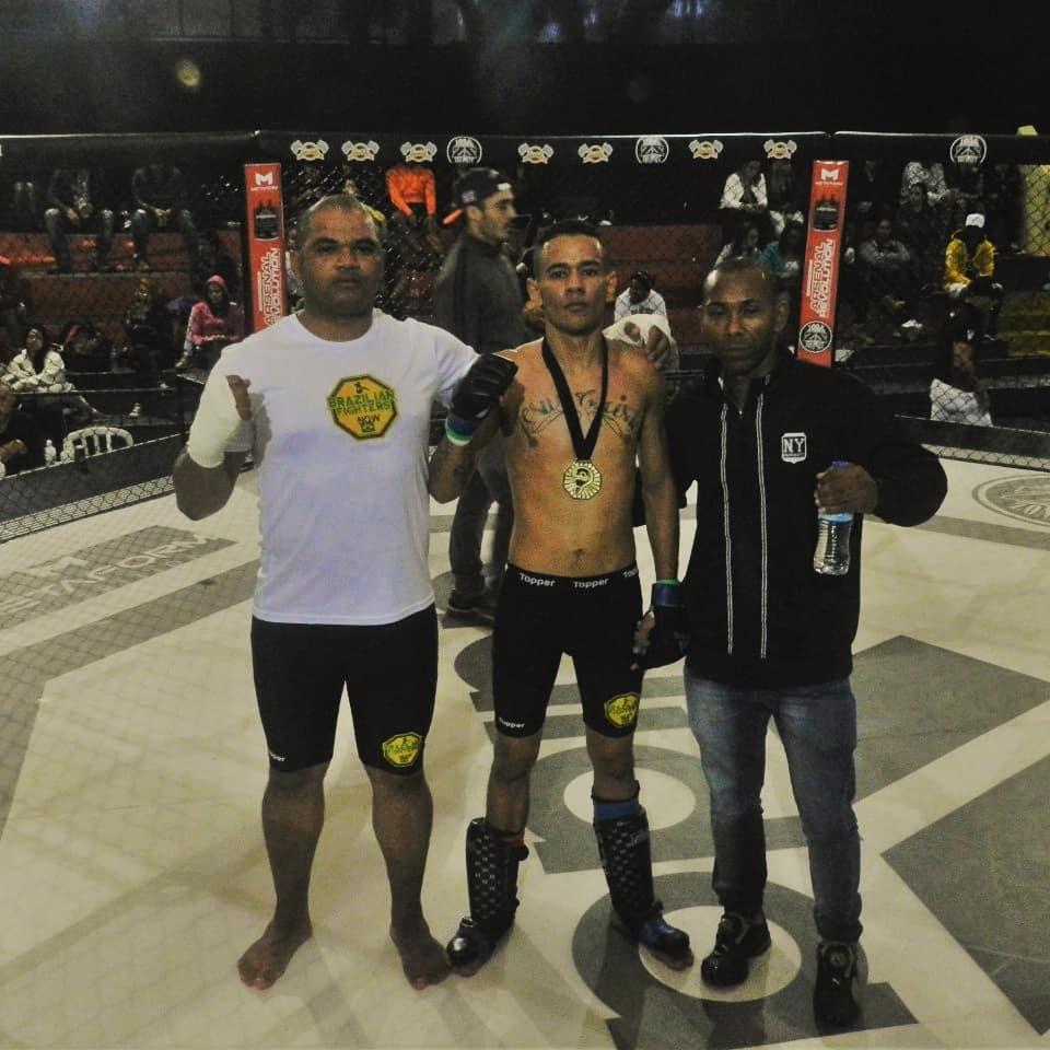 Sergio Pitbull, Felipe Furia and Japa Boxe representing the Diamante Bruto Project